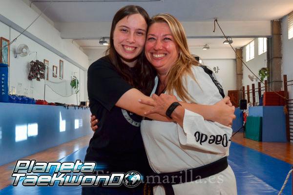 La felicidad de Carolina y Hanna, hija y madre (C. Torres)